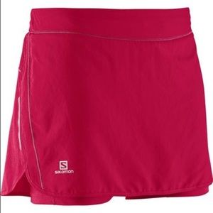 ❤️Salomon Red running skirt.